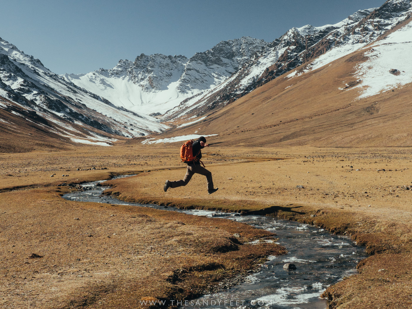 Central Asia Travel : A Complete Beginners Guide For Travelling The Silk Road
