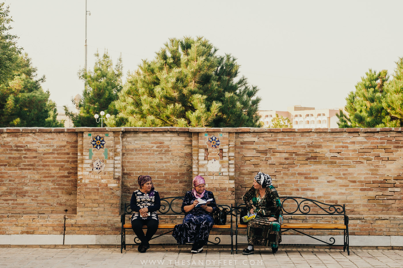 Local ladies chatting at Gur-E-Amir | Samarkand Travel Guide: The Best Things To Do In Samarkand, Uzbekistan